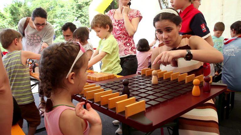 Amintiri din Copilarie IERI <br> si Festivalul Opera Copiilor ASTAZI