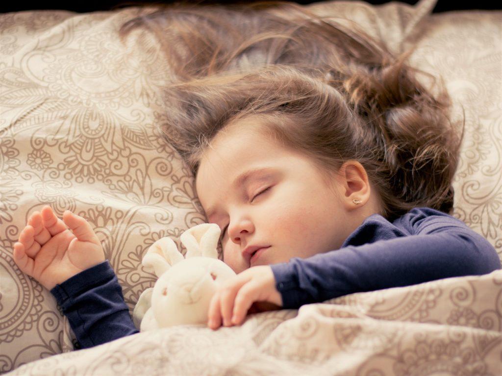 Sa dormi ca un copil